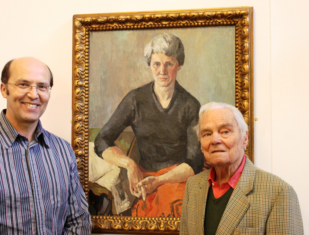 Ceri Thomas and Bryn Richards with one of his paintings, Oriel y Bont (April 2012)