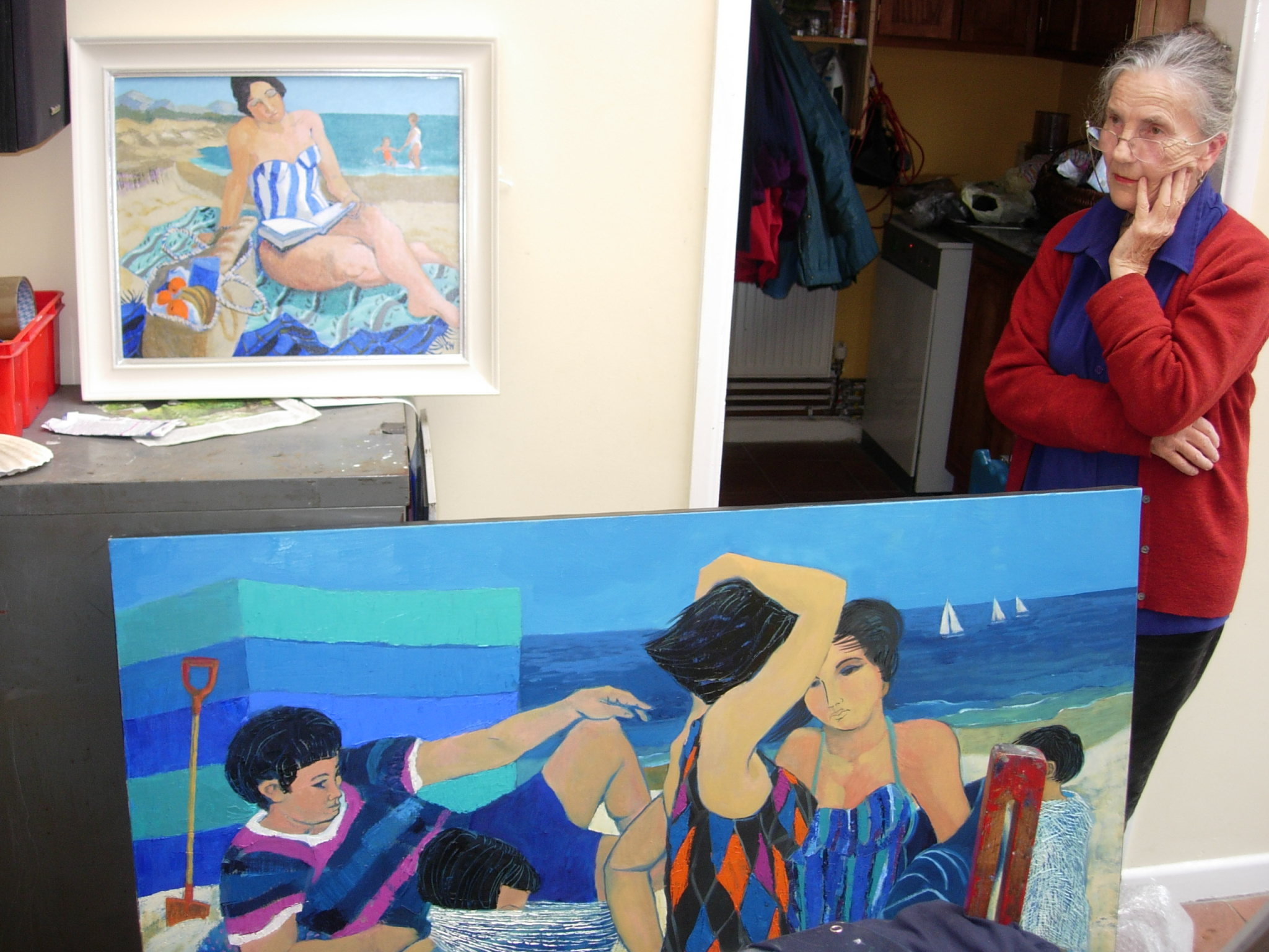 Claudia Williams with her paintings, Tenby, 29 March 2008